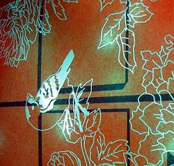 【レーザー加工のベルテックレーザ株式会社】「レザー彫刻」小鳥_上向きです。